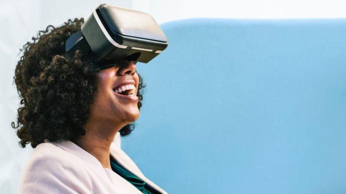 Virtual Reality. FOTO rawpixel.com
