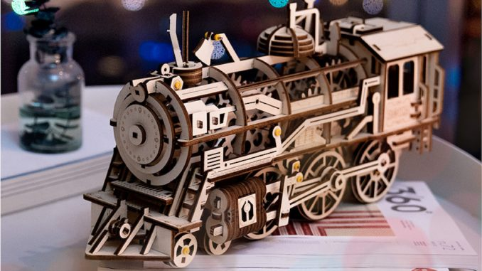 Locomotivă 3D de la dego. FOTO Dego