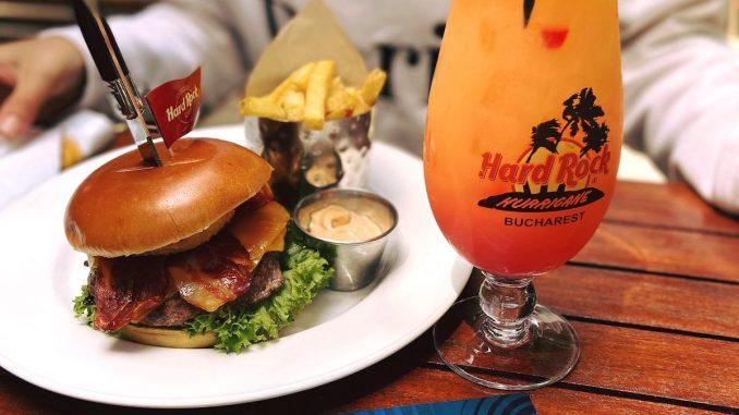 Burger de la Hard Rock Cafe. FOTO HRC