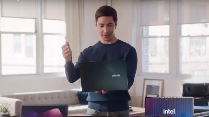 Actorul Justin Long, în reclamele Intel. FOTO Captură Video